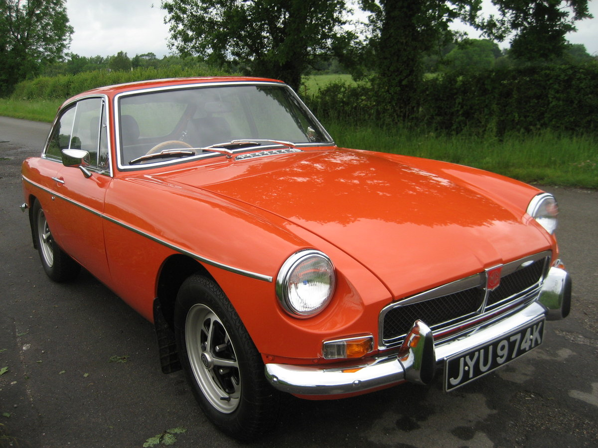 1971 MGB GT totally restored SOLD (picture 3 of 6)