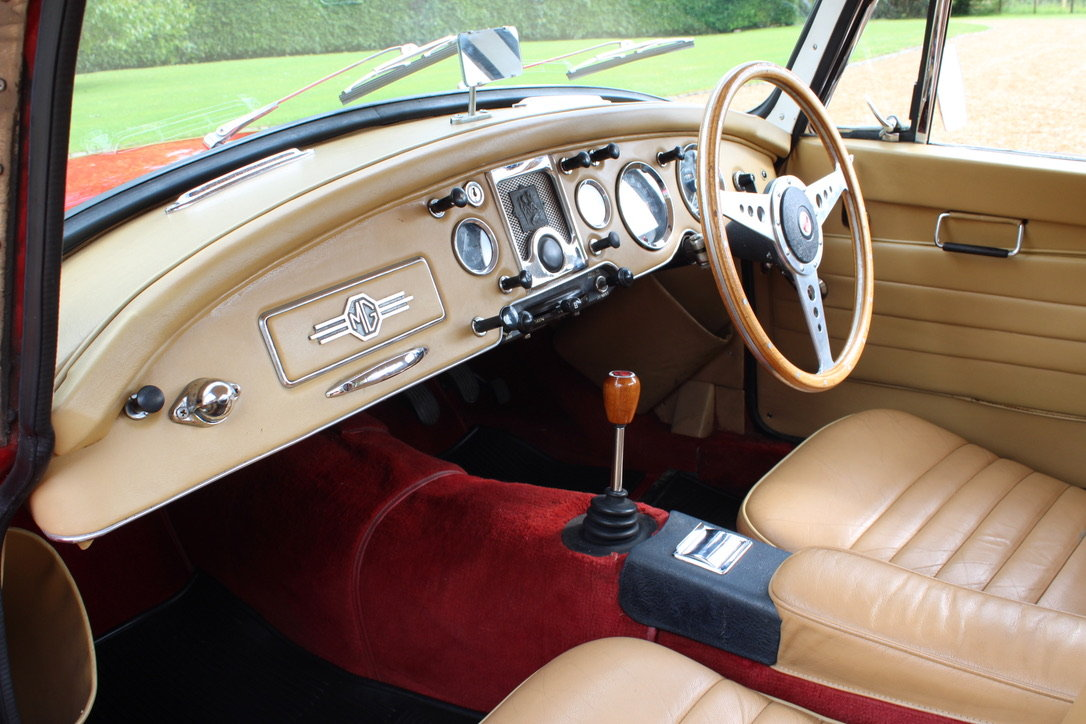 1961 MG A MK2 1600 COUPE - UK CAR For Sale (picture 10 of 12)