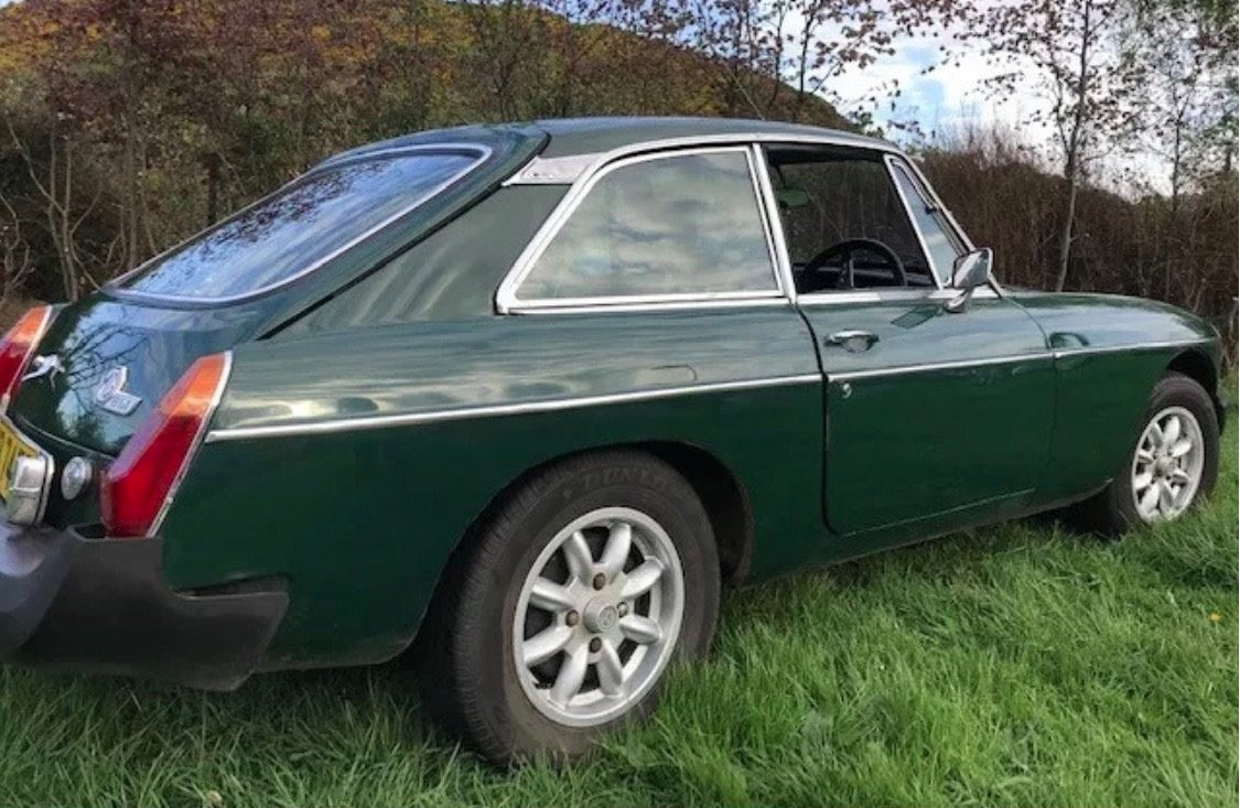 1976 Great usable MGB GT For Sale (picture 1 of 4)