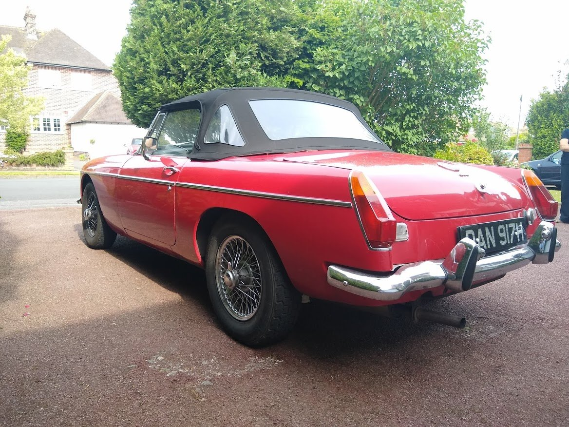 1970 MG B Roadster for Auction Friday 12th July For Sale by Auction (picture 3 of 6)