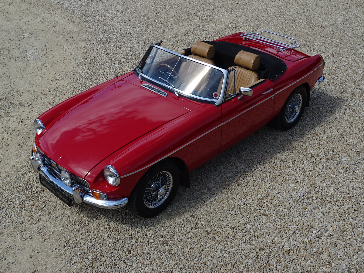 MGB Roadster – Heritage Re-shell/Tuned 1860cc SOLD (picture 1 of 6)