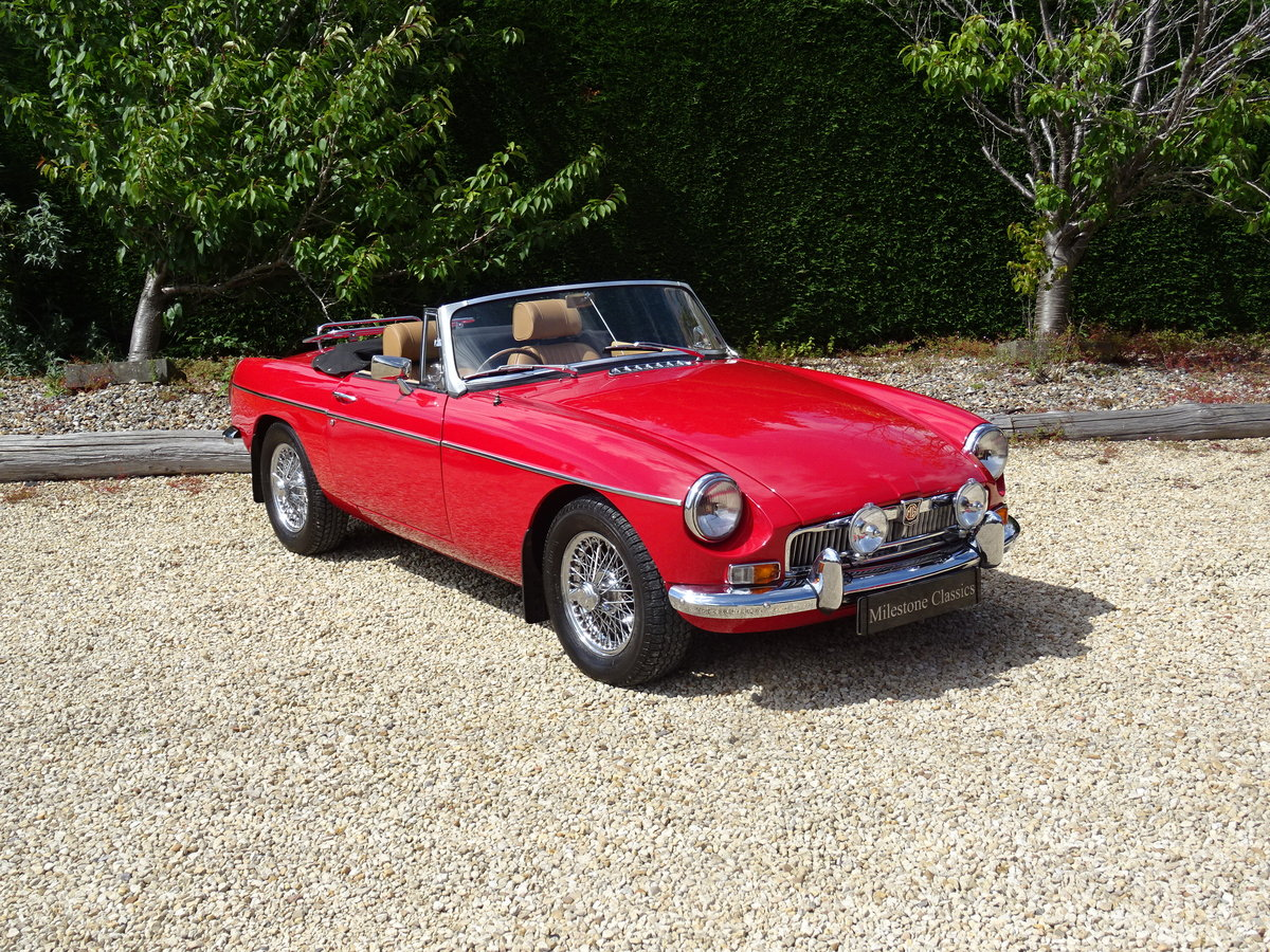MGB Roadster – Heritage Re-shell/Tuned 1860cc SOLD (picture 2 of 6)
