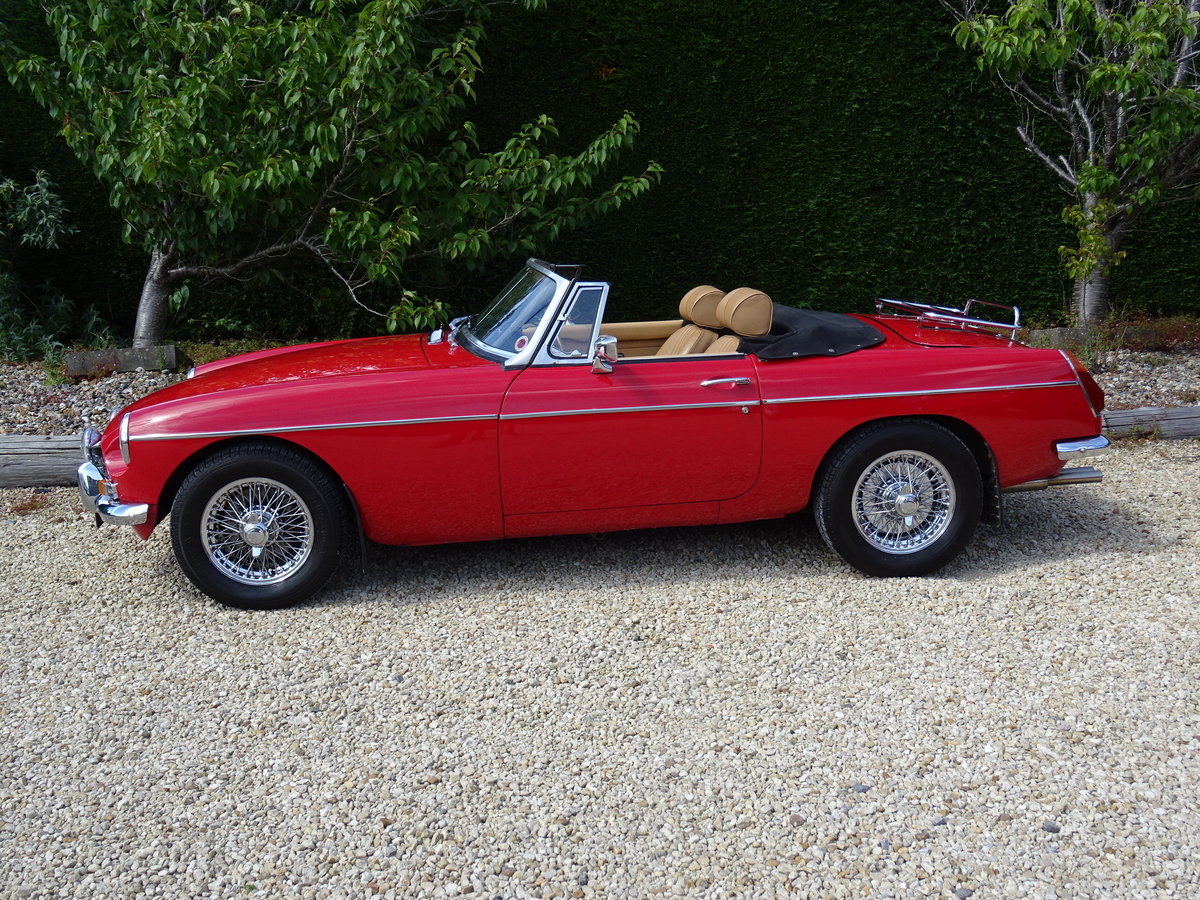 MGB Roadster – Heritage Re-shell/Tuned 1860cc SOLD (picture 3 of 6)