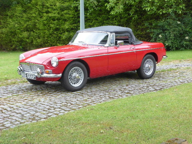 1967 MGB Roadster For Sale (picture 1 of 6)