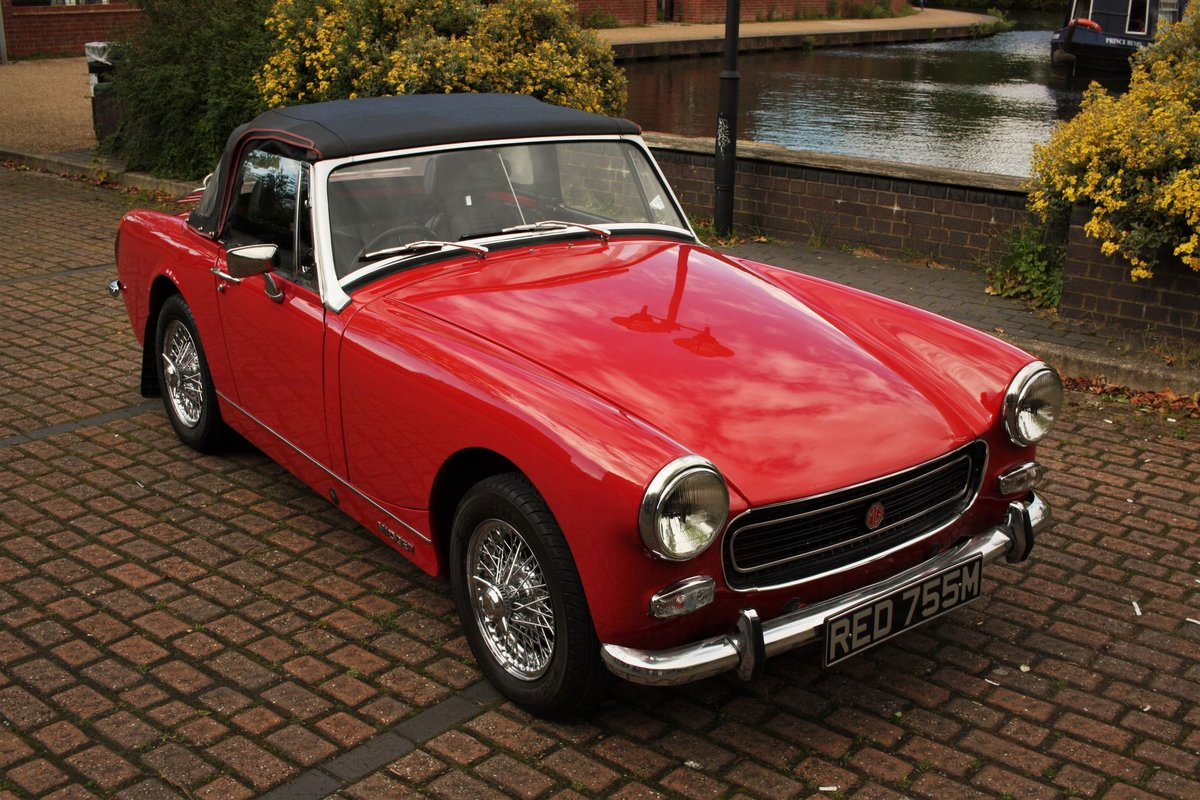 MG Midget MKIV RWA - Heritage Bodyshell Resto - Flame Red SOLD (picture 1 of 6)