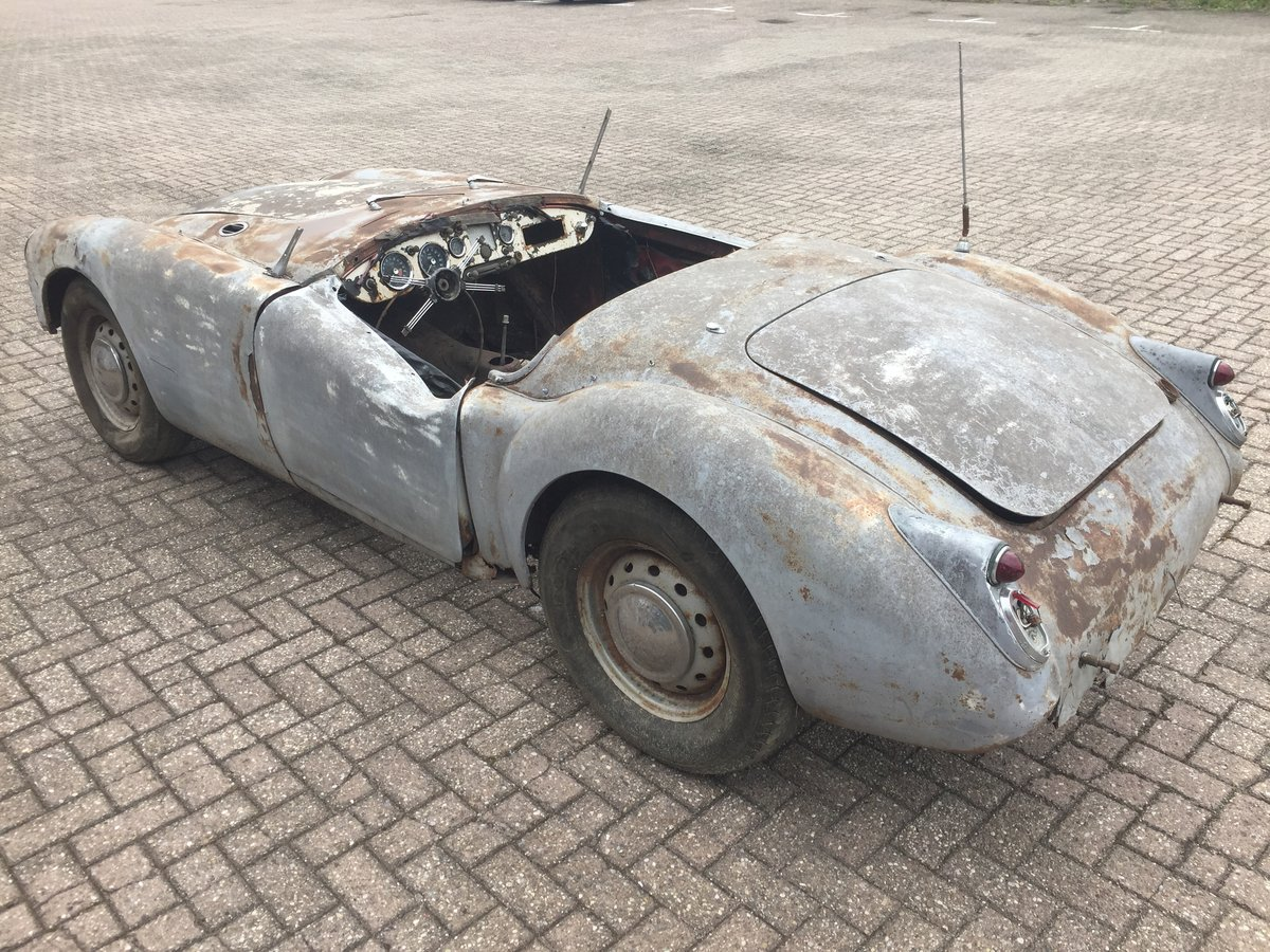 1961 MG MGA 1600 roadster for restoration For Sale (picture 3 of 6)