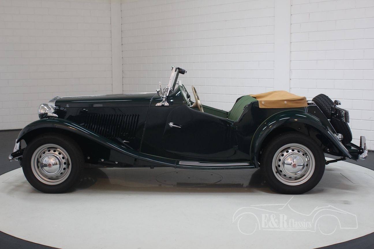 MG TD 1952 British Racing Green Restored For Sale (picture 5 of 6)