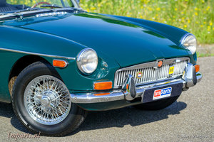 1972 very nice MGB roadster with Overdrive LHD For Sale