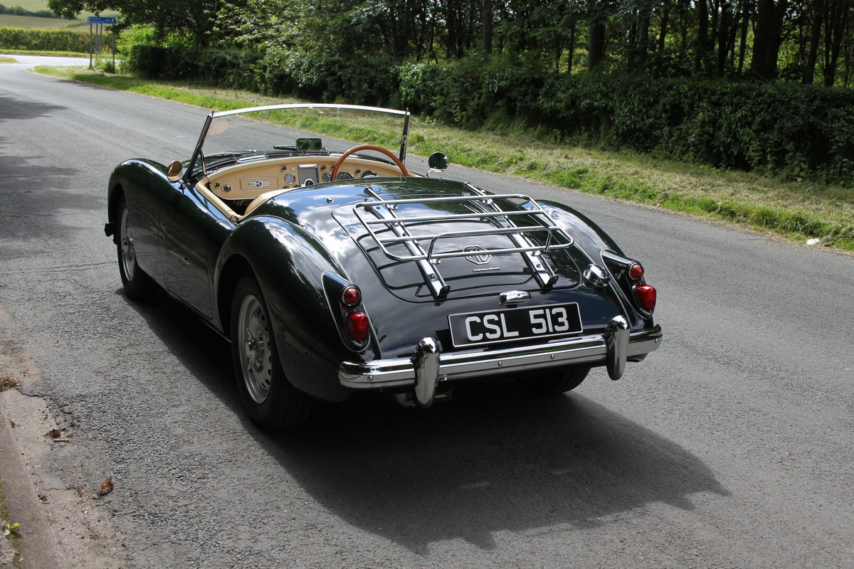 1959 MGA Twin Cam - National Concours 1st SOLD (picture 4 of 12)