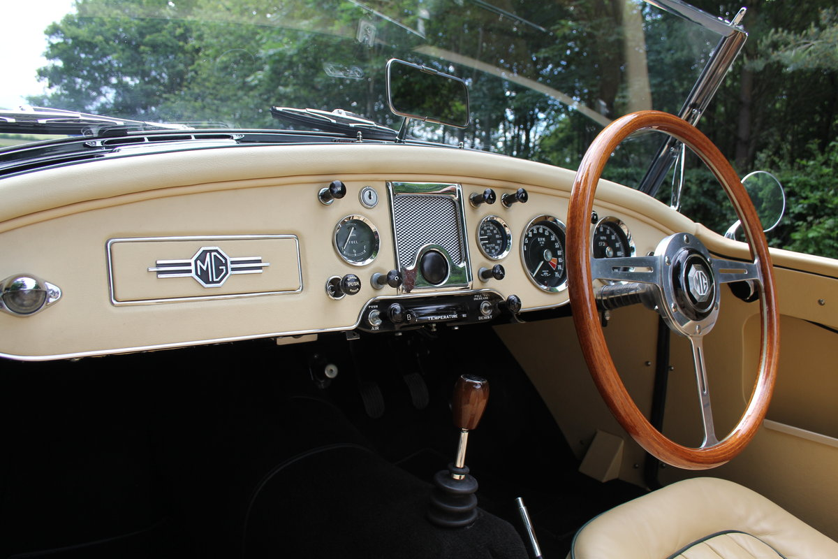 1959 MGA Twin Cam - National Concours 1st SOLD (picture 8 of 12)
