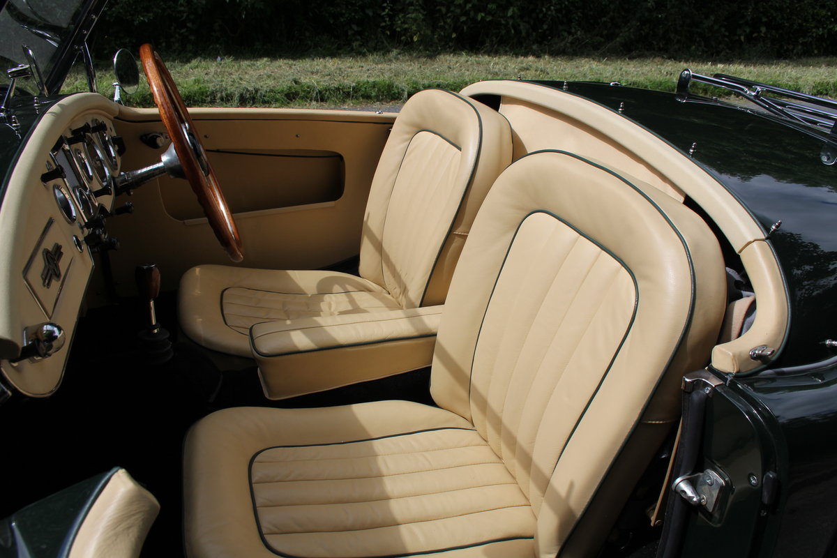 1959 MGA Twin Cam - National Concours 1st SOLD (picture 9 of 12)