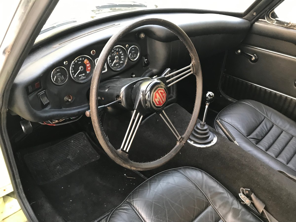 1969 MGC GT LHD recent significant detailed expenditure For Sale (picture 4 of 6)
