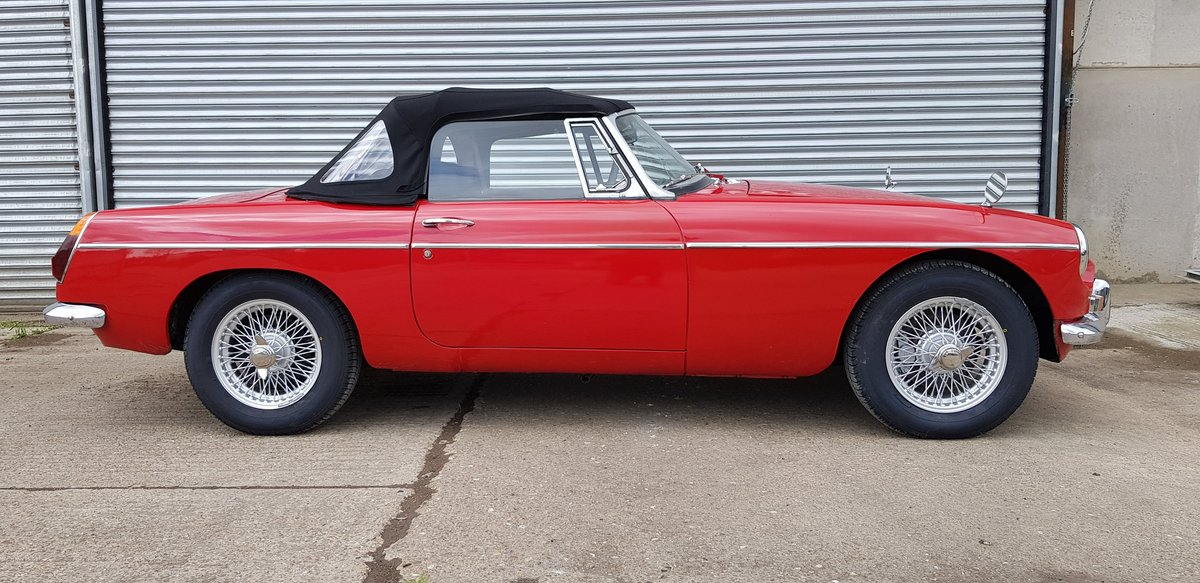 1970 MGB Roadster For Sale (picture 3 of 6)
