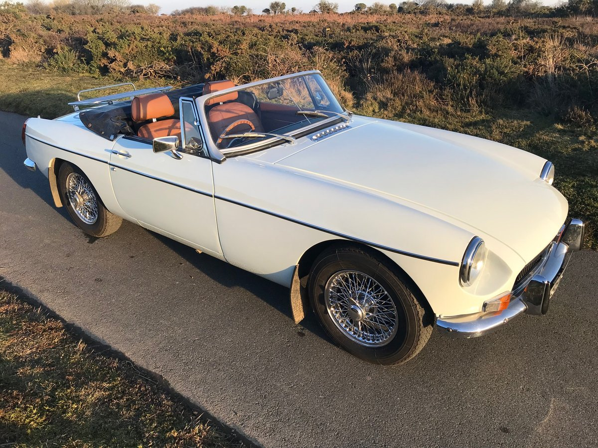 1974 MGB Roadster to Hire  from Jersey Classic Hire.com For Hire (picture 1 of 6)