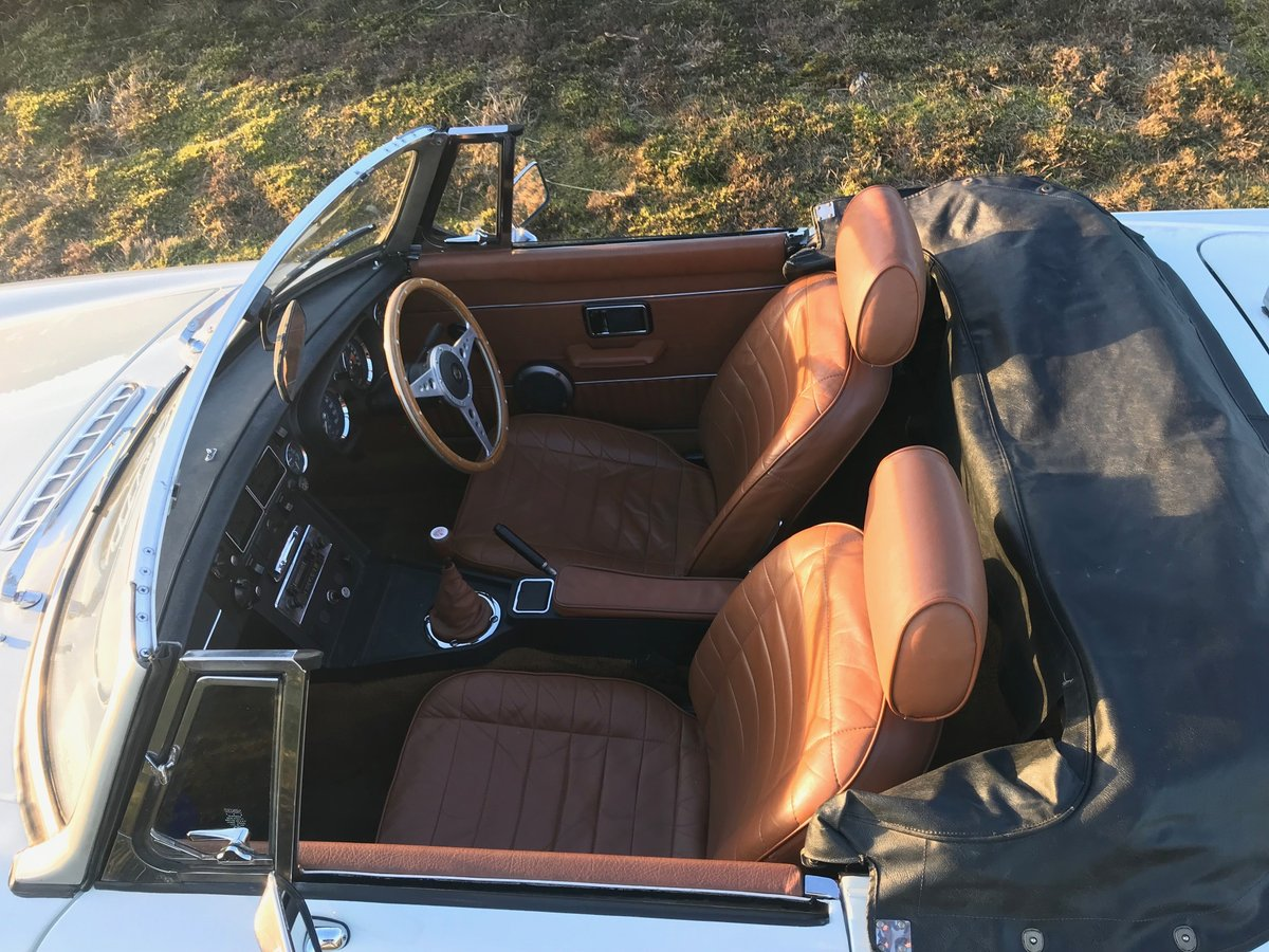 1974 MGB Roadster to Hire  from Jersey Classic Hire.com For Hire (picture 3 of 6)
