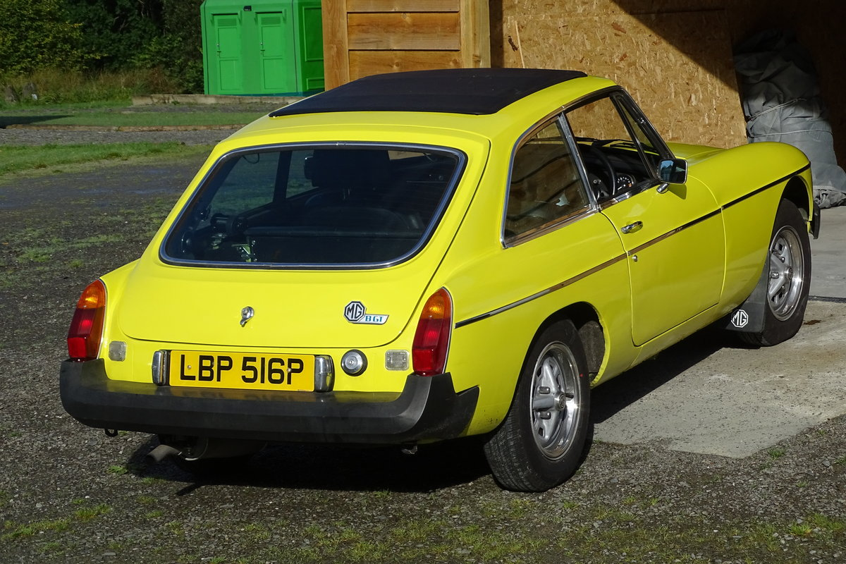 1975 MGB GT Rare opportunity SOLD (picture 1 of 2)