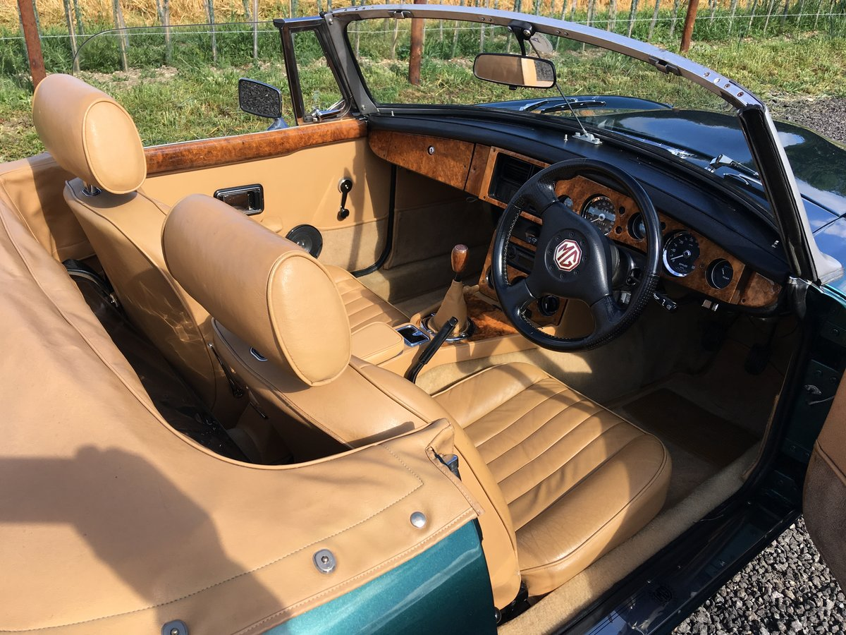 MGB V8 1968 For Sale (picture 3 of 6)
