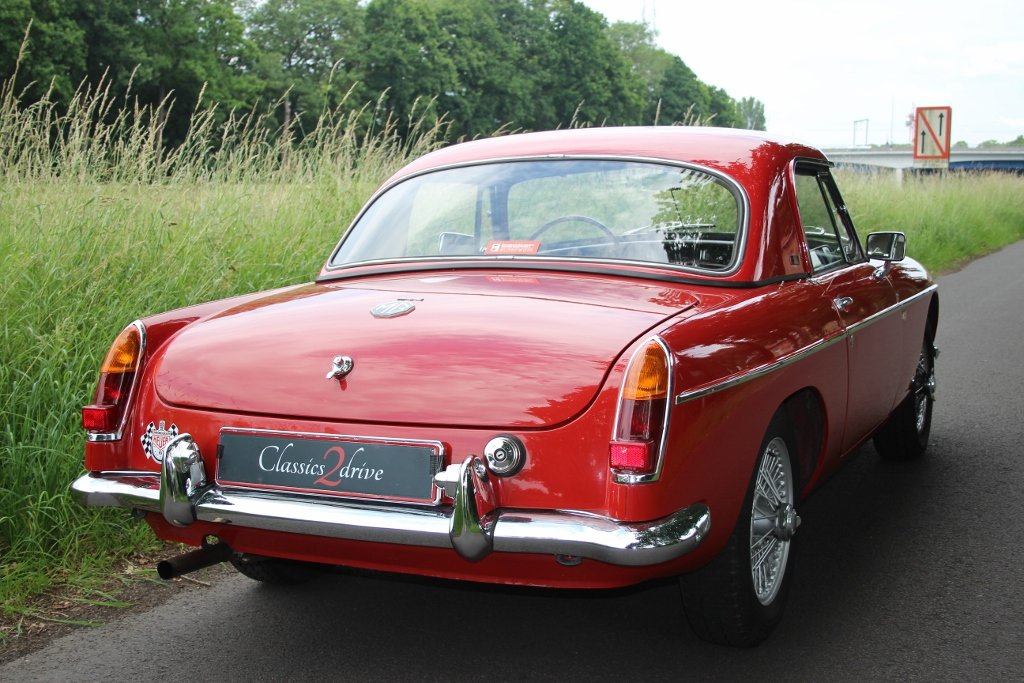 1964 Stunning MG B Roadster with hardtop Jacques Coune Style For Sale (picture 5 of 6)