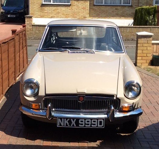 1966 MG B GT Sandy Beige Overdrive SOLD (picture 5 of 5)