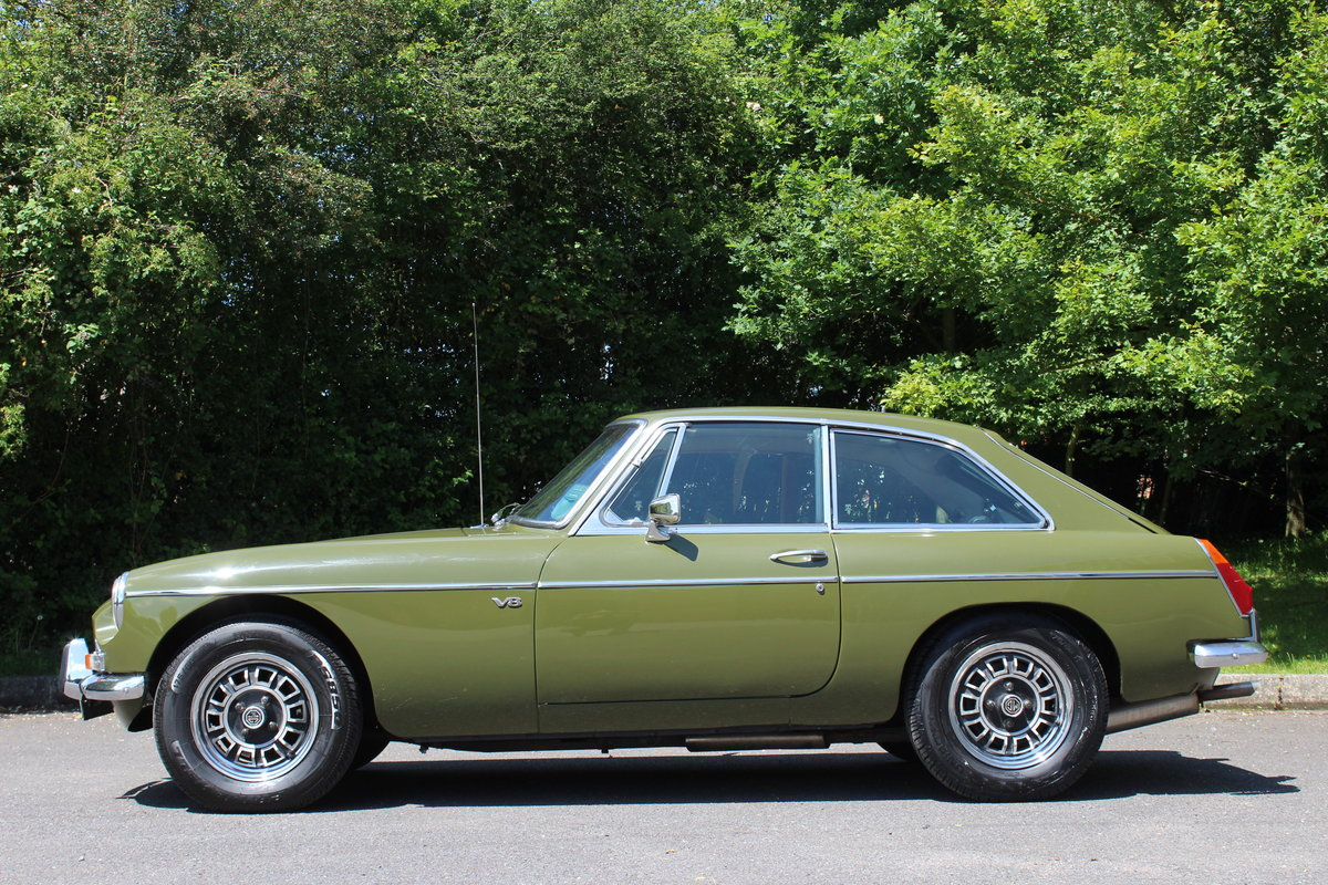1974 MGB GT V8 For Sale (picture 2 of 6)