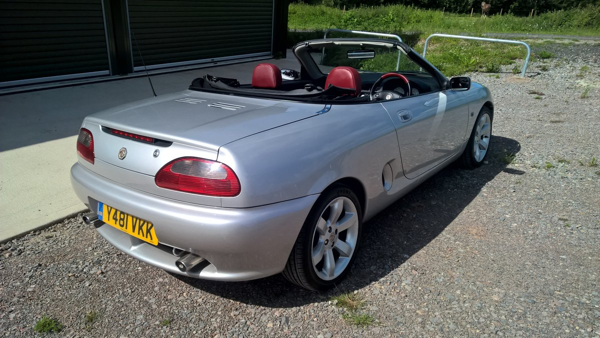 2001 ROVER MG F V.V.C. 143hp For Sale (picture 2 of 6)