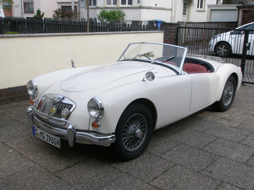 1960 MGA 1600 Roadster excellent throughout and reliable For Sale (picture 1 of 6)