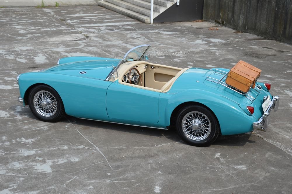 (1029) MG MGA 1500 Roadster - 1957 For Sale (picture 2 of 6)