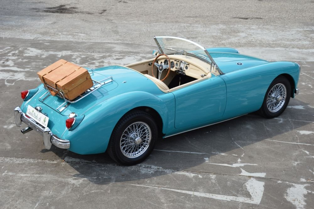 (1029) MG MGA 1500 Roadster - 1957 For Sale (picture 3 of 6)