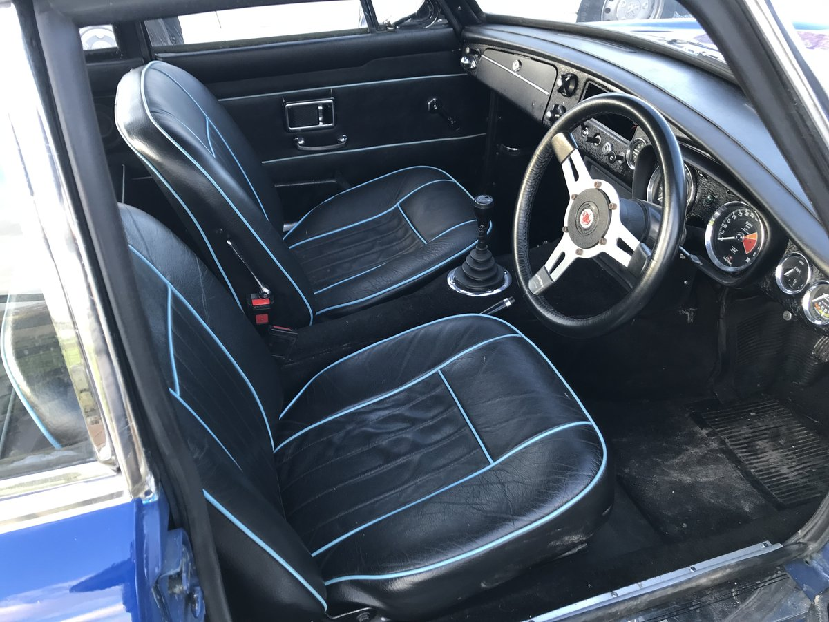 1969 MGc GT Manual with Overdrive For Sale (picture 3 of 6)