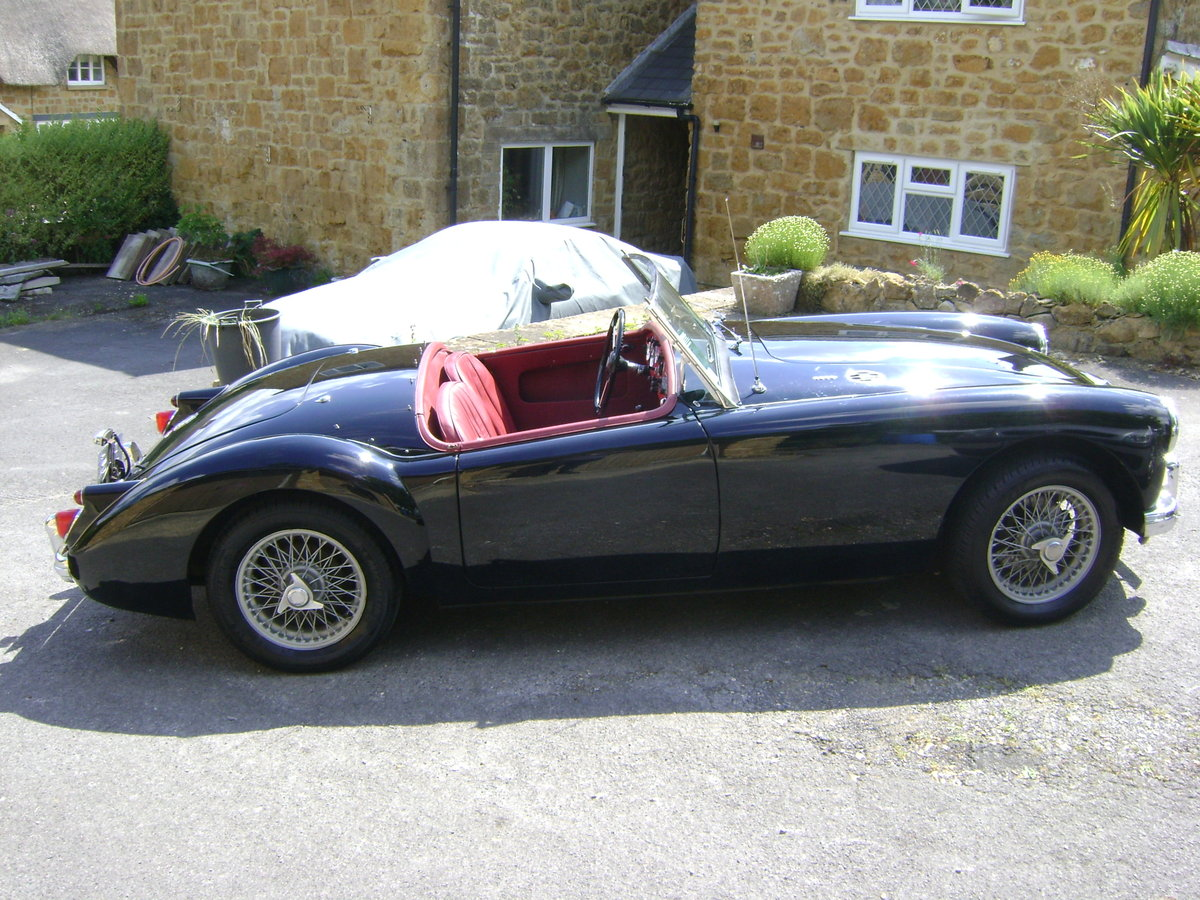 1959 MGA 1600 Mk.I Roadster LHD SOLD (picture 2 of 6)
