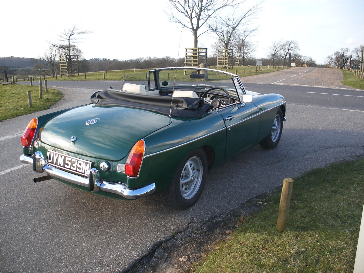 1974 MGB Roadster Heritage body For Sale (picture 2 of 6)