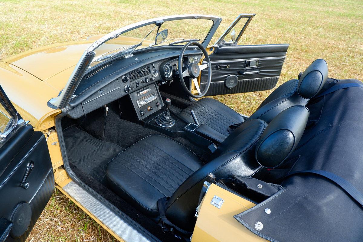1974 MGB V8 Roadster SOLD (picture 6 of 6)