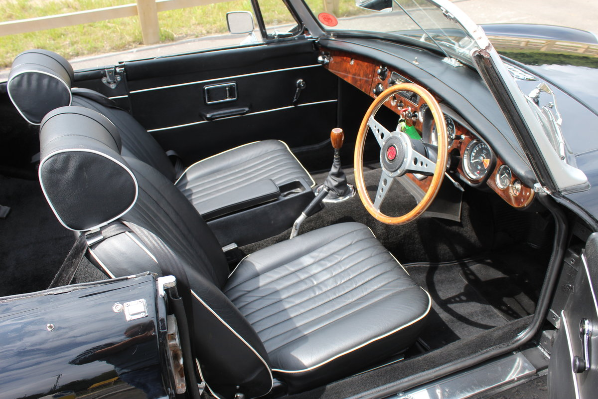 1968 MGB Roadster With Overdrive , Original Factory Black  SOLD (picture 5 of 6)