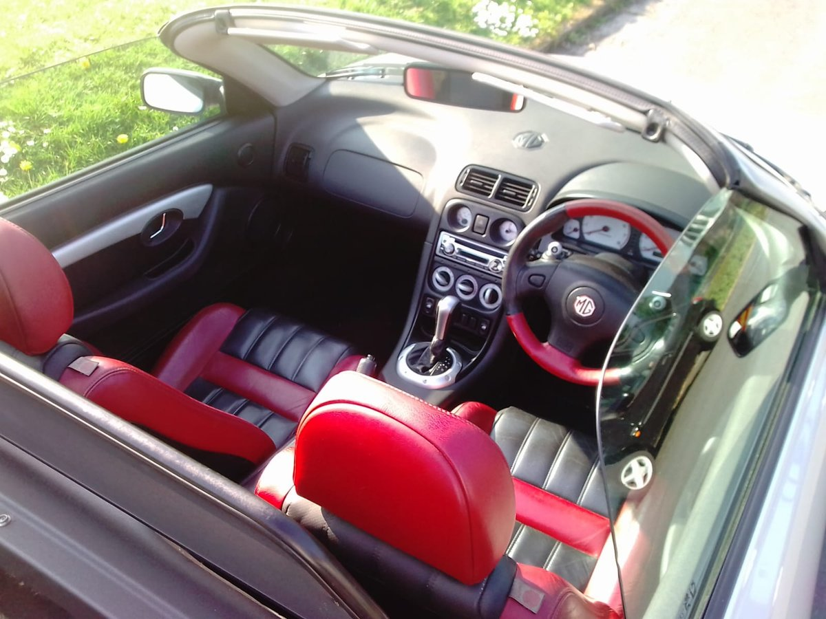 2001 MG F SEMI AUTO OUTSTANDING CONDITION For Sale (picture 2 of 5)