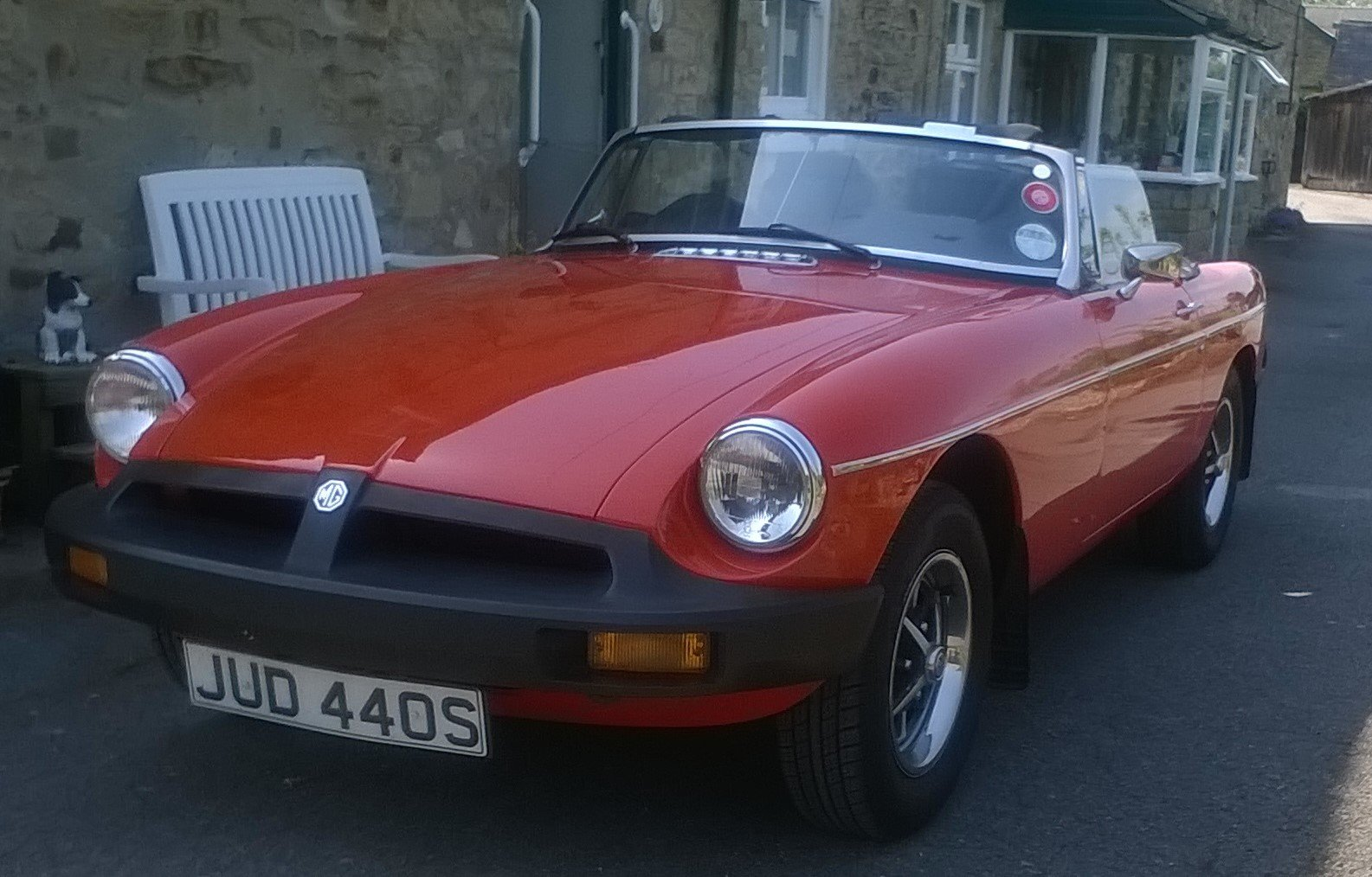 1977 1978 MGB Roadster.    Price reduced SOLD (picture 1 of 6)