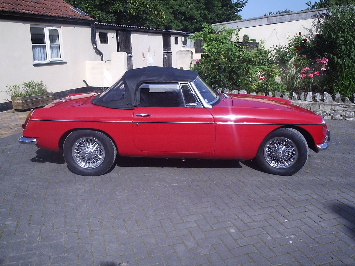 1968 MGB roadster for sale For Sale (picture 1 of 6)