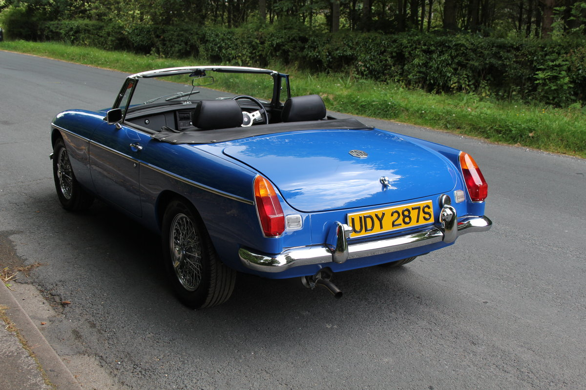 1977 MGB Roadster - 7100 miles from new! SOLD (picture 4 of 12)