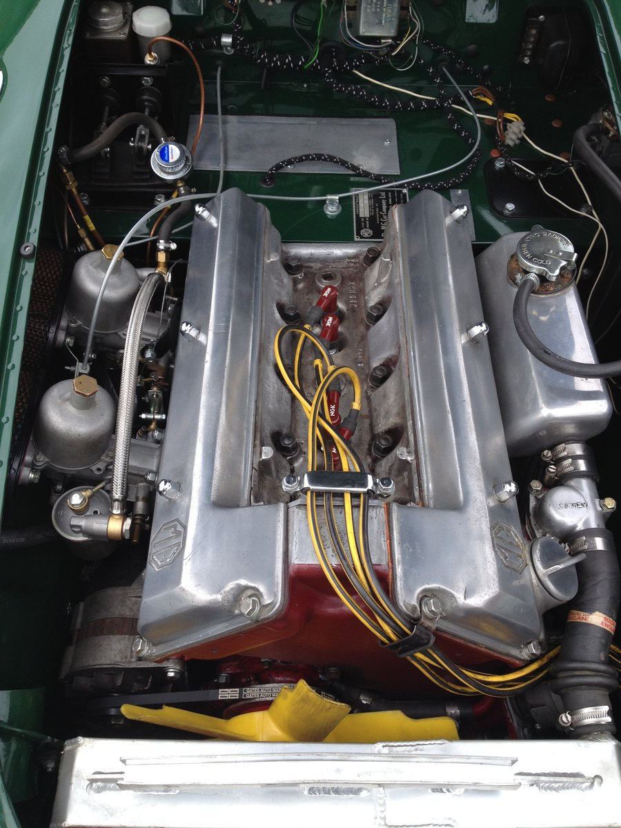 1958 MGA Twin Cam Totally Restored For Sale (picture 5 of 6)
