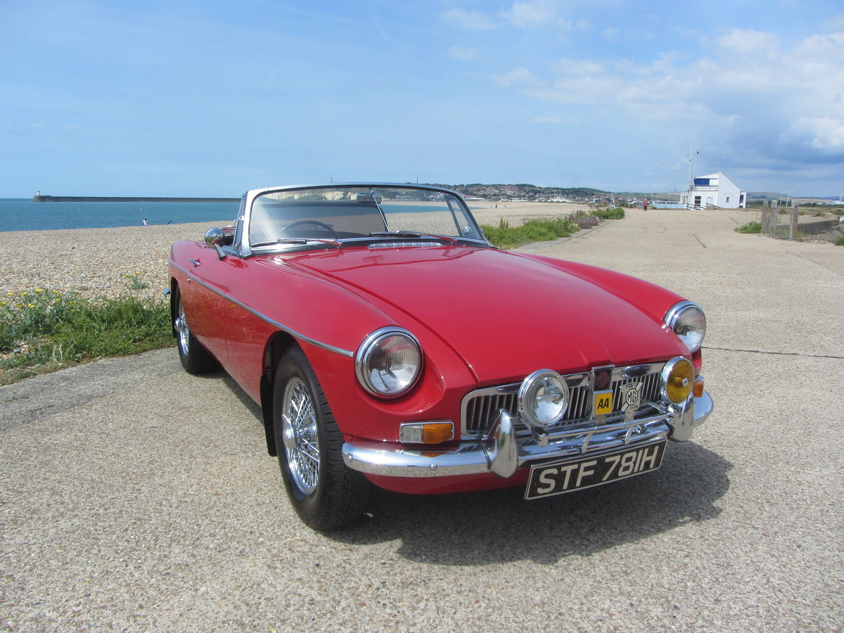 1969 MGB Roadster with Heritage Shell and Rebuilt Engine  SOLD (picture 1 of 6)