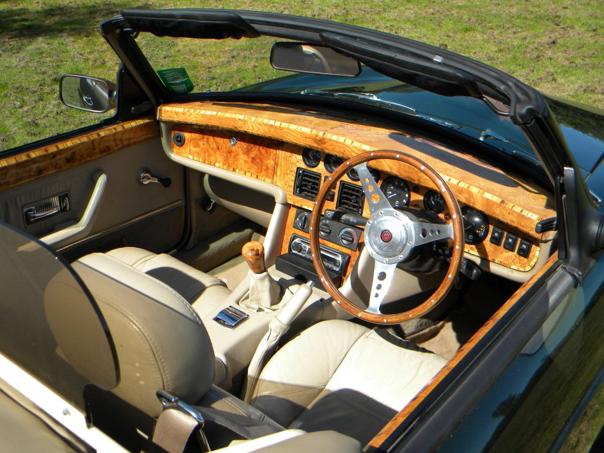 MG RV8 1995 Convertible incl Coach Trimmer fitted New Hood For Sale (picture 2 of 6)