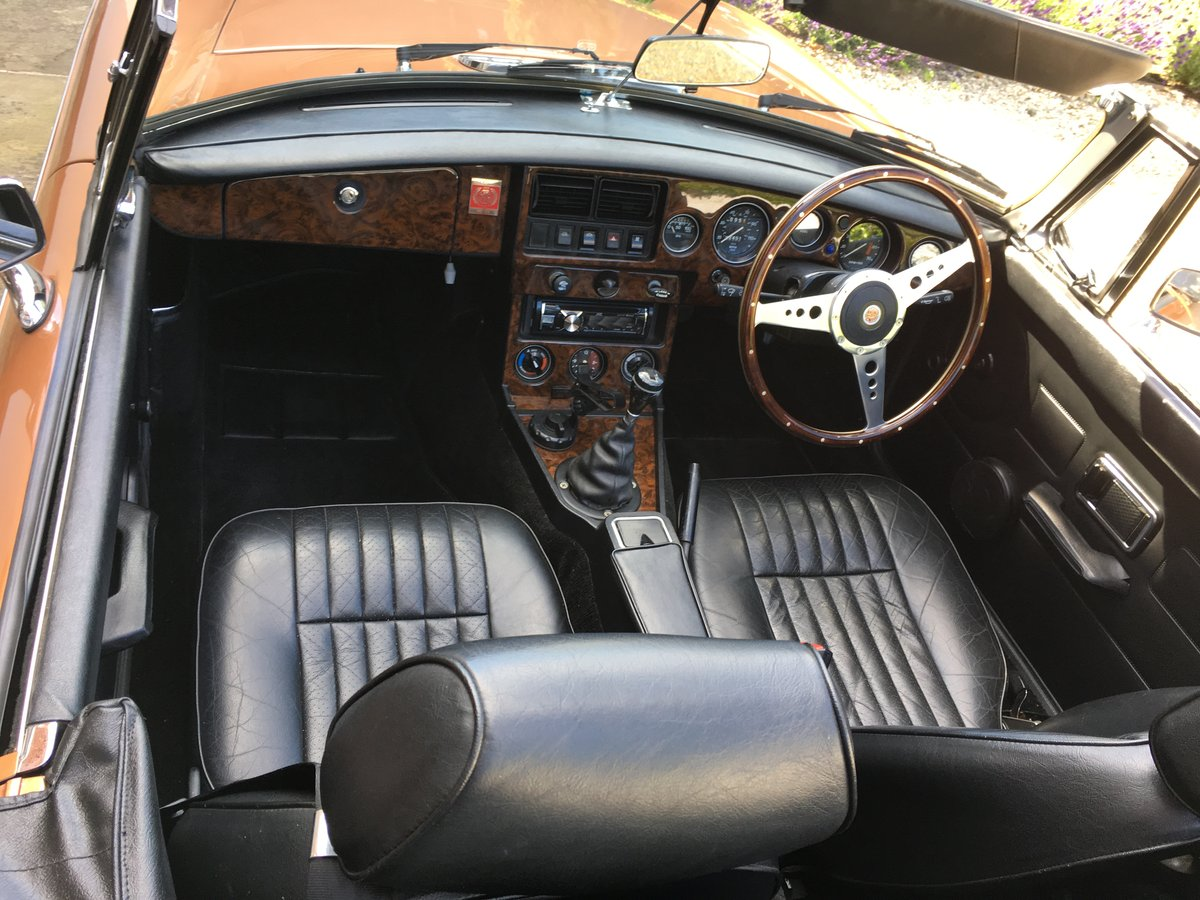 1981 MGB LE ROADSTER SOLD (picture 5 of 6)
