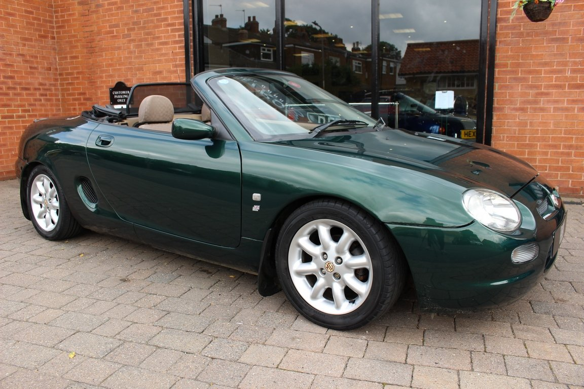 2000 MGF 1800 - British Racing Green | Huge History File For Sale (picture 1 of 6)