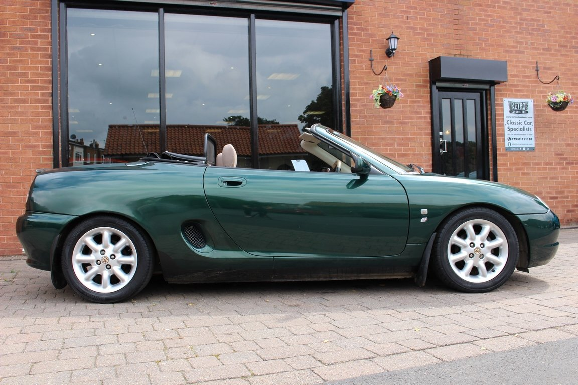 2000 MGF 1800 - British Racing Green | Huge History File For Sale (picture 2 of 6)