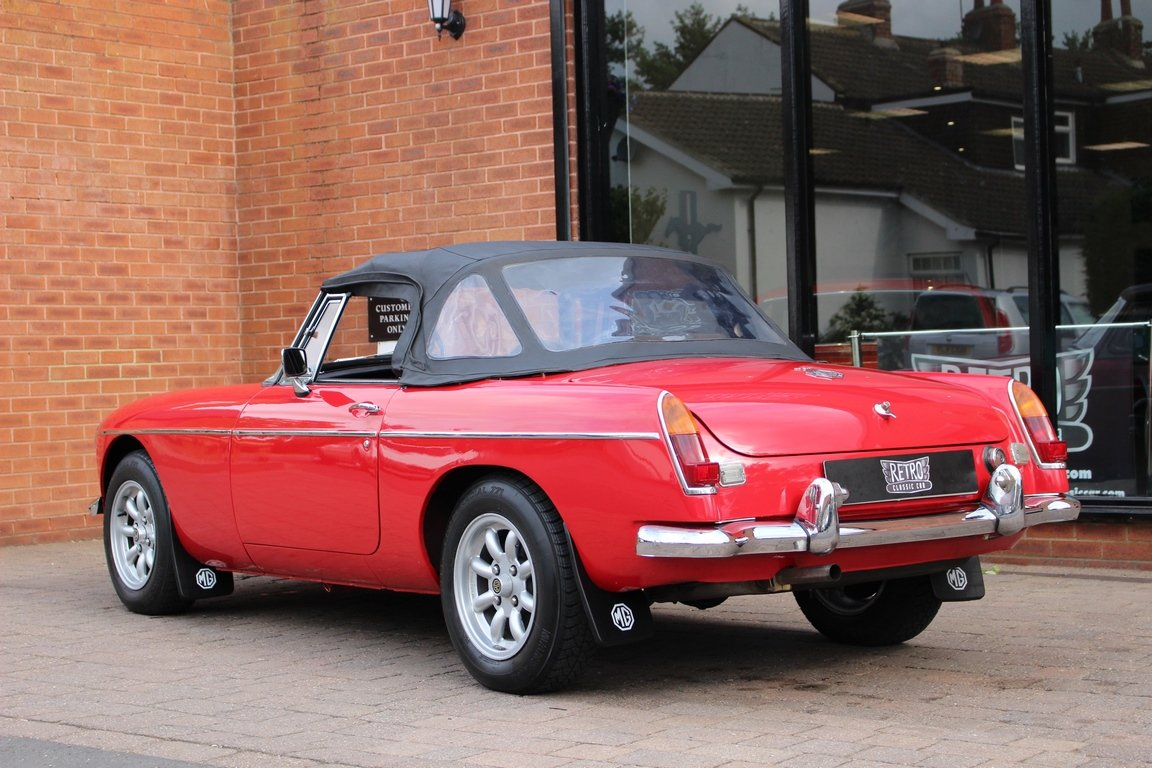 1966 MGB Roadster - Restored - Power Steering For Sale (picture 3 of 6)