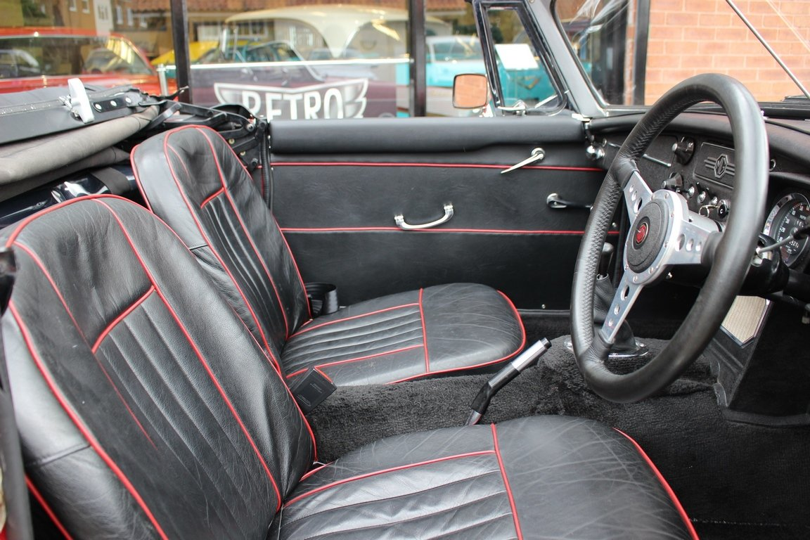 1966 MGB Roadster - Restored - Power Steering For Sale (picture 5 of 6)
