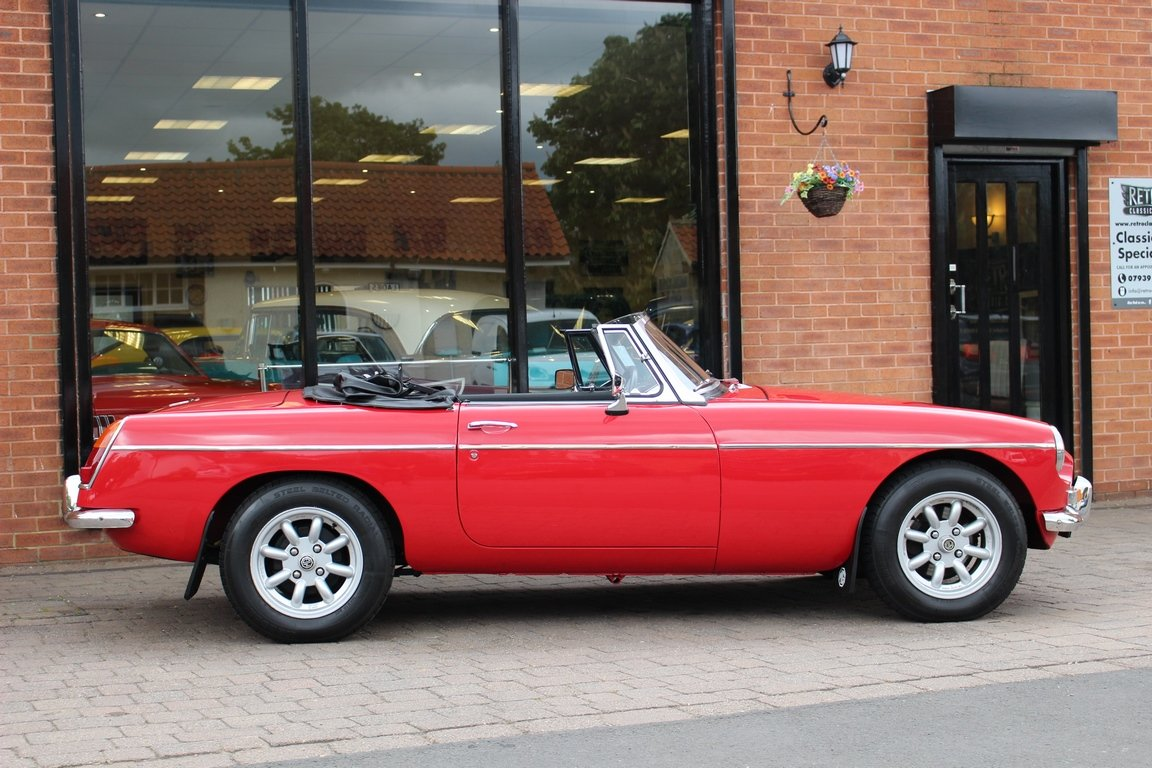 1966 MGB Roadster - Restored | Power Steering SOLD (picture 2 of 6)