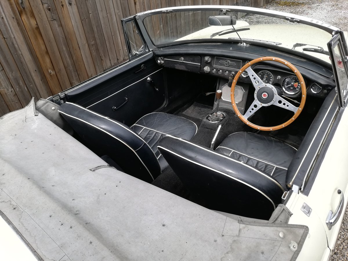 1963 MGB Roadster For Sale (picture 5 of 6)