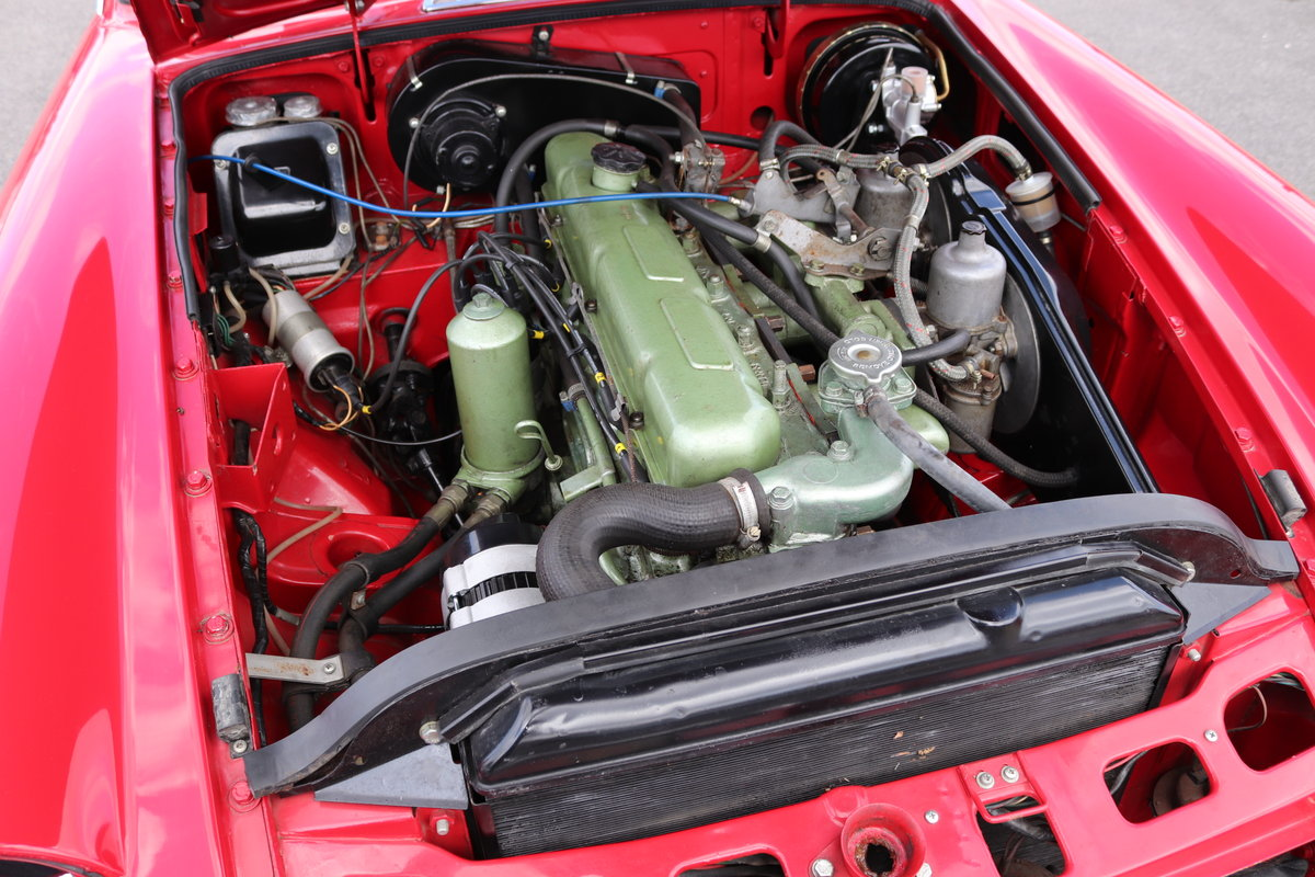 1969 MGC GT in Tartan Red, finest on the market SOLD (picture 3 of 6)