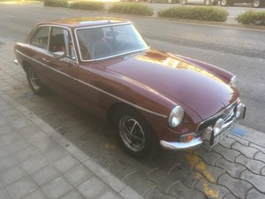 Magnificent restored 1973 MGB GT For Sale