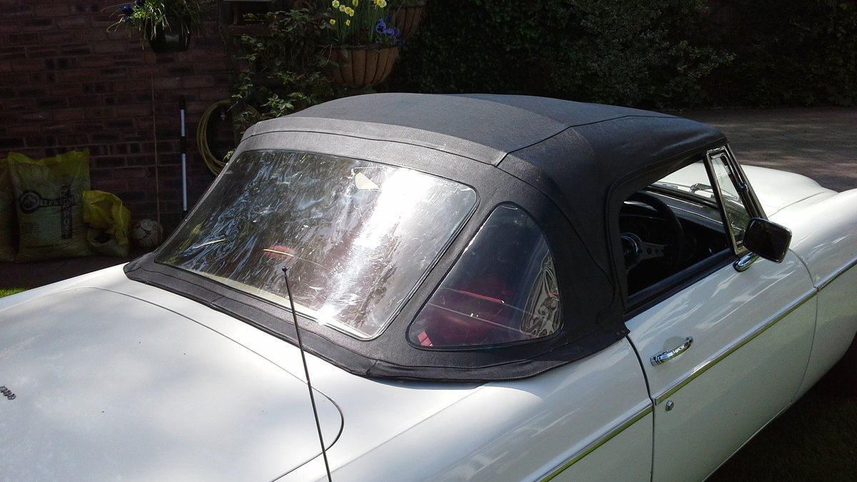 1968 MGC Roadster, manual with overdrive. For Sale (picture 5 of 6)